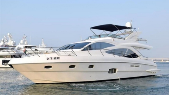 Delice Charter Majesty 66